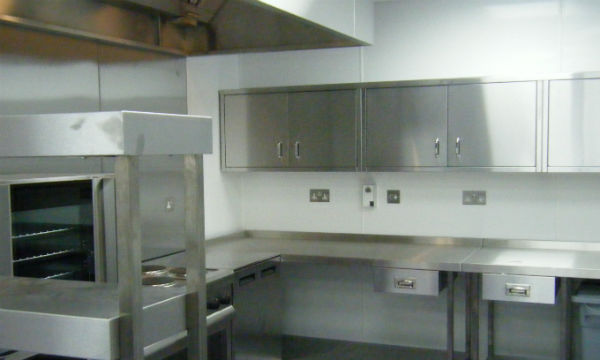 Our new kitchen unvealed! Yippee!
